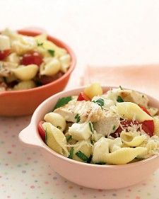 Shells with Grilled Chicken and Mozzarella - less than 30 minutes to make!