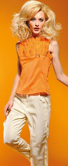 Naracamicie / Particolare. Naisten pusero. Oranssi ja musta. ALE 49 €(Norm. hinta 79 €).