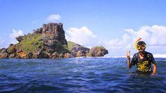 Pantai Nglambor yang terletak Desa Purwodadi,Kecamatan Tepus, Gunung Kidul, DIY