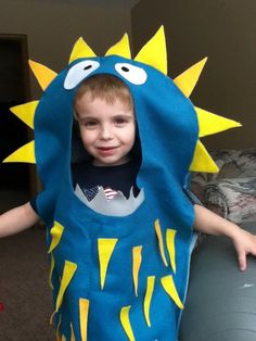 monster costume: needs to be a bit bigger for me.