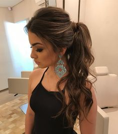 65 Gorgeous Ponytail Hairstyles You'll Love To Try Daily - Page 20 of 65 - Chic Hostess - Schönheit und Gesundheit - Hair Styles Trendy Hairstyles, Wedding Hairstyles, Prom Ponytail Hairstyles, Bridesmaid Hair Ponytail, Hairstyle Ideas, Ponytail Wedding Hair, Ponytail Hairstyles Tutorial, Ponytail Tutorial, Gorgeous Hairstyles