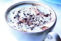 Krémová horká čokoláda Food And Drink, Pudding, Drinks, Drinking, Beverages, Custard Pudding, Puddings, Drink, Avocado Pudding