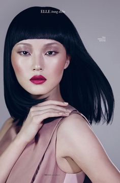 Elle vietnam in elegant makeup looks captured by photographer Xi Sinsong. Take a look at the complete shoot below. Magazine: Elle Vietnam February 2013 Mo