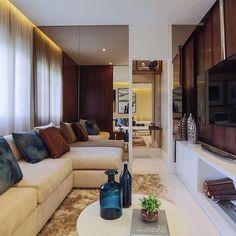 Todo conforto e aconchego que um Home pede.  Amei o espelho bronze que ao mesmo tempo conferiu amplitude e deixou o espaço ainda mais inspirador. Amei@pontodecor Snap:  hi.homeidea  #bloghomeidea #olioliteam #arquitetura #ambiente #archdecor #archdesign #cozinha #kitchen #arquiteturadeinteriores #home #homedecor #style #homedesign #instadecor #interiordesign #designdecor #decordesign #decoracao #decoration #love #instagood #decoracaodeinteriores #lovedecor #lindo #luxo #architecture…