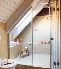 ¿Por qué es mejor instalar un plato de ducha en vez de una bañera?