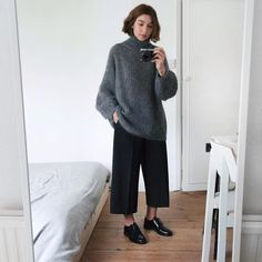 styleandwellbeing@gmail.com   stylewellbeing Styleandwellbeing.com ⬇️ Shop my wardrobe ⬇️