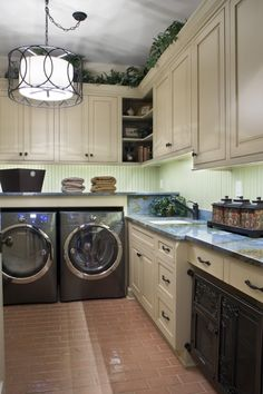 Laundry room design if you have the World's largest laundry room. Holy buckets.
