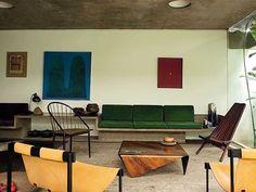 Julio Roberto Katinsky House. Photo by Roberto Labougle.