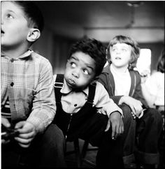 Stanley Kubrick, Three boys sitting on chairs, 1948