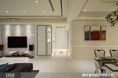 黑與白為譜曲,簡化新古典風格的繁複華麗,同時滿足所有家庭成員的願望,讓居家空間不僅高貴雅致,也成為心中最溫暖的歸依。