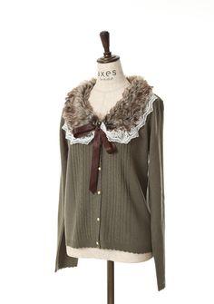 axes femme online shop|刺繍入りファーティペ付カーデ