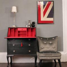 ARTISAN: Brilliant idea for wall art - Union Jack quarters. Desk Makeover, Furniture Makeover, Union Jack, Bureau Upcycle, Paint Furniture, Furniture Design, Antique Secretary Desks, Red Interiors, Furniture Restoration