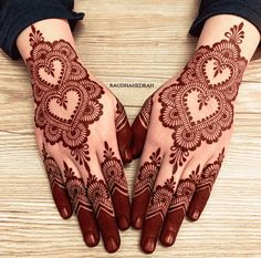 Henna Designs Wrist, Floral Henna Designs, Back Hand Mehndi Designs, Mehndi Designs 2018, Mehndi Designs Book, Modern Mehndi Designs, Mehndi Designs For Girls, Mehndi Designs For Beginners, Mehndi Design Photos