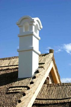 Dörgicse - tervező: Mérmű Építész Stúdió Traditional House, Rustic Wood, Hungary, Barns, Countryside, Beautiful Homes, Folk, Woodworking, Farmhouse