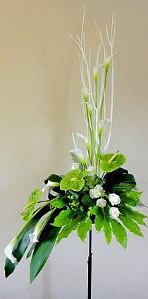 white modern arrangements with calla lily and anthurium lily Tall Flower Arrangements, Contemporary Flower Arrangements, Tropical Floral Arrangements, Altar Flowers, Church Flowers, Funeral Flowers, Flowers Garden, Wedding Flowers, Ikebana