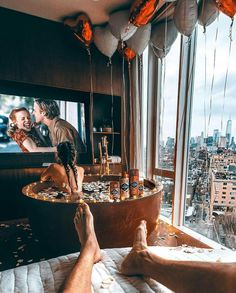 Shared by glow baby. Find images and videos about fashion, beauty and couple on We Heart It - the app to get lost in what you love. Jacuzzi, Life Goals, Relationship Goals, Relationships, Photo Couple, Future Goals, Dream Life, Couple Goals, Cute Couples