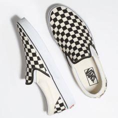 Find slip on at Vans. Shop for slip on, popular shoe styles, clothing, accessories, and much more! Dr Shoes, Swag Shoes, Me Too Shoes, Black Shoes, Black And White Vans, Tenis Vans, Vans Sneakers, Slip On Sneakers, Vans Footwear