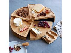 This is great gift! This bamboo cheese board converts to a multi-level wheel and incorporates storage for serving tools. Compact Swivel Cheese Board with Knives buy it now! Kitchen Gifts, Kitchen Items, Kitchen Gadgets, Kitchen Tools, Copper Handles, Best Cheese, Wooden Kitchen, Charcuterie Board, Hostess Gifts