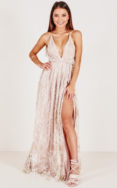 Showpo New York Nights maxi dress in gold - 6 (XS) Occasion Dresses Dance Dresses, Ball Dresses, Sexy Dresses, Fashion Dresses, Boho Prom Dresses, Prom Dreses, Backless Dresses, Cheap Prom Dresses, Dress Prom