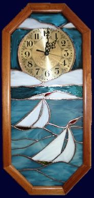 sailboats pendulum clock Stained Glass Projects, Stained Glass Patterns, Tiffany, Glass Boat, Pendulum Clock, Beach Themes, Suncatchers, Fused Glass, Touch