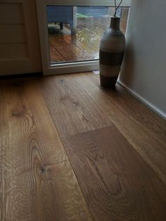 Wooden Flooring, Hardwood Floors, Versace Home, Plank, Home Projects, Homesteading, Sweet Home, New Homes, Interior Design