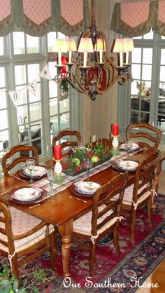 Holiday Tablescape {Breakfast Room} from Our Southern Home A French Country Christmas Dinner Southern Style! Holiday Tablescape, Tablescapes, Holiday Decor, Christmas Decorations, Holiday Fun, Holiday Ideas, Christmas Tea, Christmas Kitchen, Christmas Breakfast