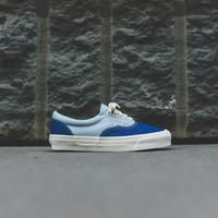 OG Era LX silhouette Canvas upper Metal eyelets Flat cotton laces Padded collar High rubber foxing Vulcanized rubber midsole Reinforced toe cap Honeycomb outsole Style: Color: True Blue / Forget Me Not Material: Canvas