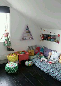 kids room//decor with floor bed Kids Corner, Cozy Corner, Girl Room, Girls Bedroom, Deco Kids, Deco Design, Baby Kind, Kid Spaces, Kids Decor