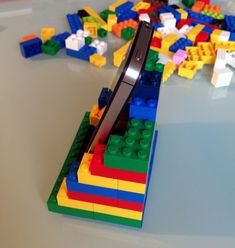 Lego Duplo, Diy Phone Stand, Construction Lego, Couple Crafts, Lego Activities, Weekend Crafts, Lego Room, Cool Lego Creations, Lego Projects