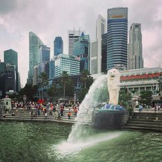 greetings from #southeastasia! i'm on an #art #journey like never before. #singapore is an amazing place with #architecture galore. my imagination runs wild looking at all these #skyscrapers. and of course the #merlion! please follow along as i #travel and explore new and exciting things. #asia #traveling