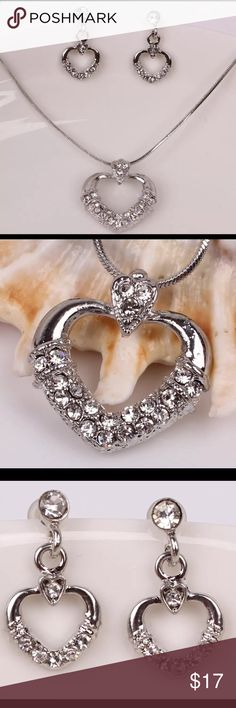❤NWT. Beautiful Heart Necklace Set 💝BEAUTIFUL Sterling Silver Plated With Crystals. Heart Necklace & Earring Set.💝 Jewelry Necklaces