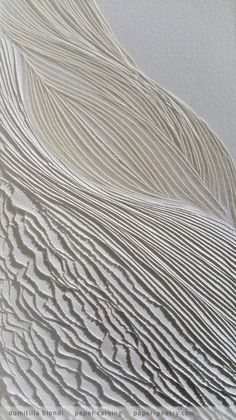 """carving on Fabriano white smooth cardboard cm """"Ha pure un suo nido il mio cuore dove più dolce suono migra E tutto mi sa di miracolo"""" """"My heart has its nest too where the sweetest sound migrates And everything tastes of miracle"""" White Texture, Texture Art, Textile Texture, Art Blanc, Wall Sculptures, Textures Patterns, Diy Art, Paper Art, Art Projects"""