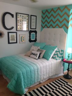 Bedding decor Turquoise bedroom Like bedding and decor Like bedding an Teenage Girl Bedrooms bedding Bedroom Decor Turquoise Bedding decor Turquoise … – Preteen Clothing Teal Teen Bedrooms, Girls Bedroom Turquoise, Teal Rooms, Turquoise Room, Teen Bedroom Designs, Bedroom Decor For Teen Girls, Cute Bedroom Ideas, Room Ideas Bedroom, Bedroom Themes