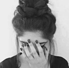 Imagen de girl, hair, and black and white