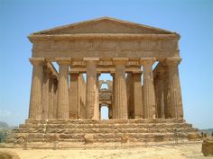 Ancient Greek Temple.. Another thing we fell in love with while we were In this greek myolgy class!