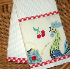 VINTAGE Look ROOSTER Kitchen TOWEL Red & White Check trim on Etsy, $12.95