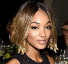 Celebrity Bob Hairstyles to Try In 2015 Prom Hairstyles For Short Hair, Girls Short Haircuts, Classic Hairstyles, Short Wavy Hair, Celebrity Hairstyles, Bob Hairstyles, Celebrity Bobs, Medium Hair Styles, Short Hair Styles