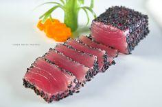 Sashimi tuna is fantastic dish. Food safety training for flight attendants working onboard private jets. Chef Sushi, Sushi Co, Sashimi Sushi, Salmon Sashimi, Fish Recipes, Seafood Recipes, Cooking Recipes, Dessert Chef, Food Safety Training