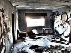 interior casas abandonadas - Buscar con Google