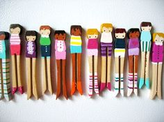 Do you remember making clothes for peg dollies? Clothespin Magnets, Clothespin Dolls, Clothespins, Diy For Kids, Crafts For Kids, Arts And Crafts, Craft Stick Crafts, Diy Crafts, Wooden Pegs