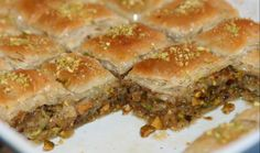 RECETTE : BAKLAWA AUX PISTACHES Cake Zebré, Spanakopita, Sandwiches, Deserts, Pie, Cooking, Ethnic Recipes, Food, Crack Crackers