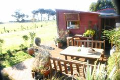 Delux Hut Riverton . in Riverton, Southland | Bookabach
