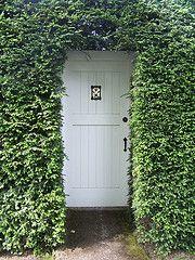 I love this, but I don't think I could do it on any door into my house.  =(