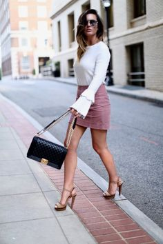 Megan Runion // For All Things Lovely Spring Outfits Classy, Summer Outfits, For All Things Lovely, Chanel Fashion, Women's Fashion, Chanel Shoes, Office Fashion, Christian Louboutin Shoes, Chanel Handbags