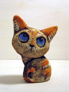 Cat Tender in Vladivostok Ceramic Animals, Clay Animals, Ceramic Art, Paper Mache Projects, Clay Projects, Paper Clay, Paper Art, Clay Cats, Sculptures Céramiques