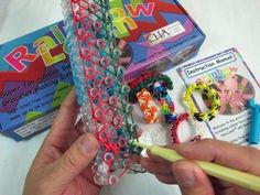 The 17 Stages of Rainbow Loom Obsession
