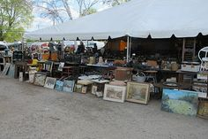 Brimfield Antiques Show In MA.......WANT TO GO !!