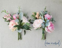 This silk bridesmaid bouquet is full of gorgeous, pastel colored flowers and greenery. All of the flowers are artificial, so these make PERFECT destination wedding flowers! This boho bridesmaid bouque Boquette Wedding, Beach Wedding Flowers, Wedding Flower Arrangements, Flower Centerpieces, Flower Bouquet Wedding, Wedding Centerpieces, Floral Wedding, Pink Bouquet, Wedding Decorations