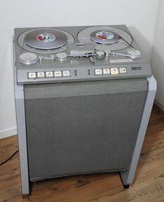 Studer C37 - www.remix-numerisation.fr - Rendez vos souvenirs durables ! - Sauvegarde - Transfert - Copie - Digitalisation - Restauration de bande magnétique Audio - MiniDisc - Cassette Audio et Cassette VHS - VHSC - SVHSC - Video8 - Hi8 - Digital8 - MiniDv - Laserdisc - Bobine fil d'acier - Micro-cassette - Digitalisation audio - Elcaset