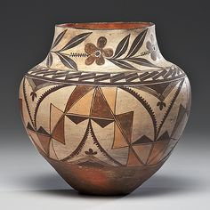 Acoma polychrome Olla, American Indian Southerwest, Pottery | early 20th century